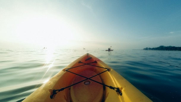 kayak-adventure-discover-hipster-water-row-boat